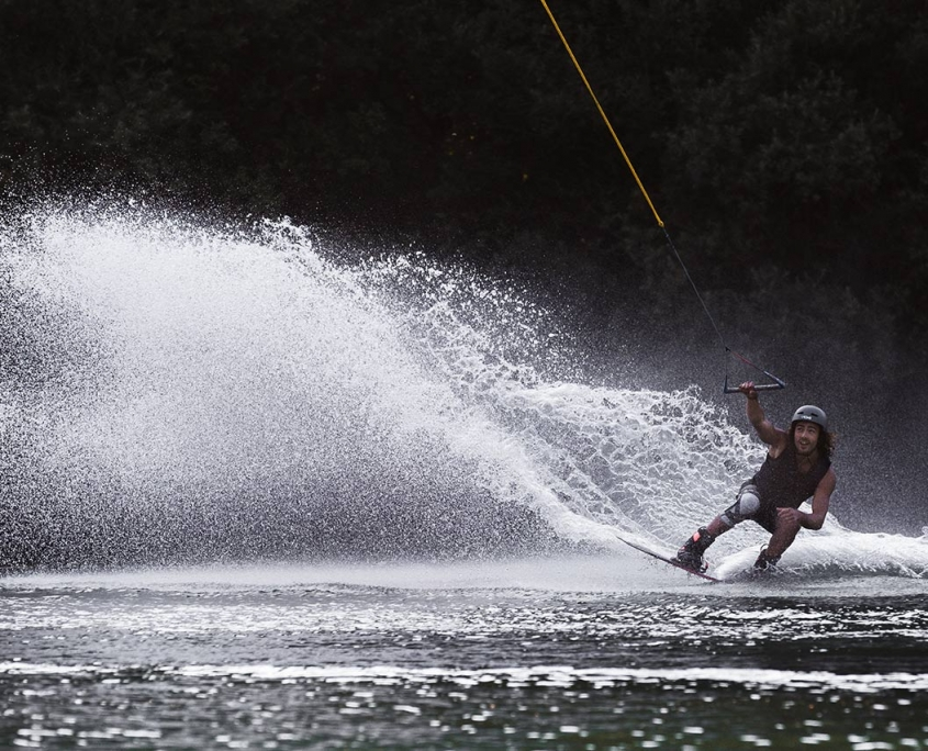 wakeboarden waldbad anif naturbad im wald